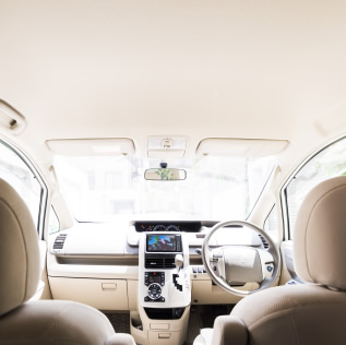 車内 イメージ